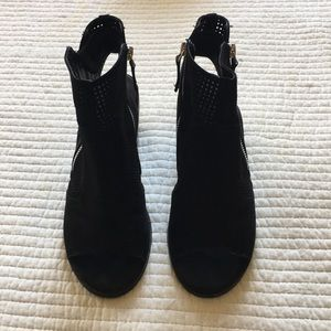 Forever 21 Shoes - Black Forever 21 Ankle Booties Open Toe Heels